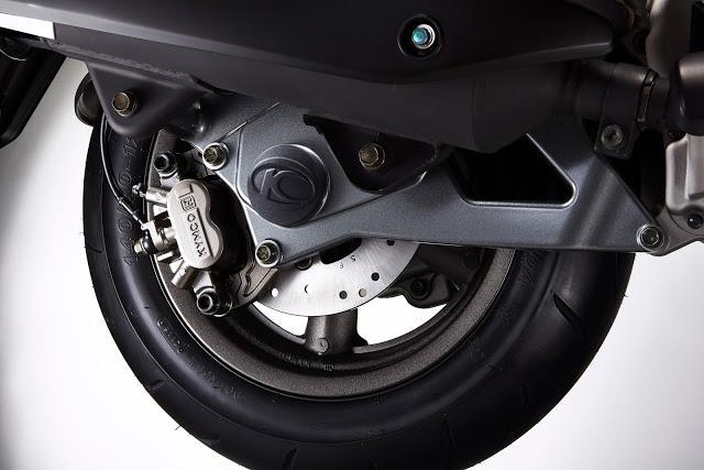 光阳发布大型踏板摩托车G Dink300i -将摩旅进行到底